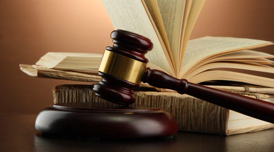 Gestante com contrato temporário não tem direito a estabilidade
