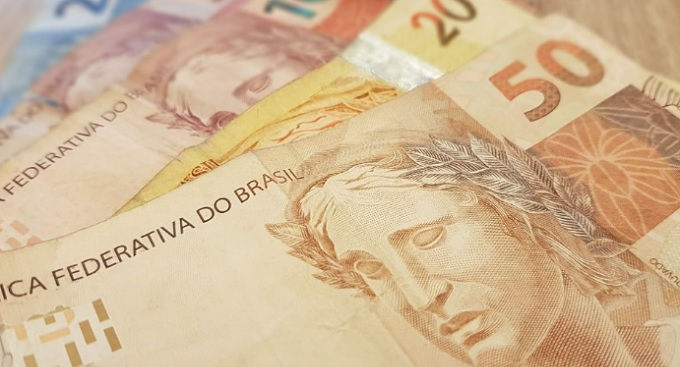 Pandemia: Juíza suspende protestos e garante parcelamento de dívida de empresa