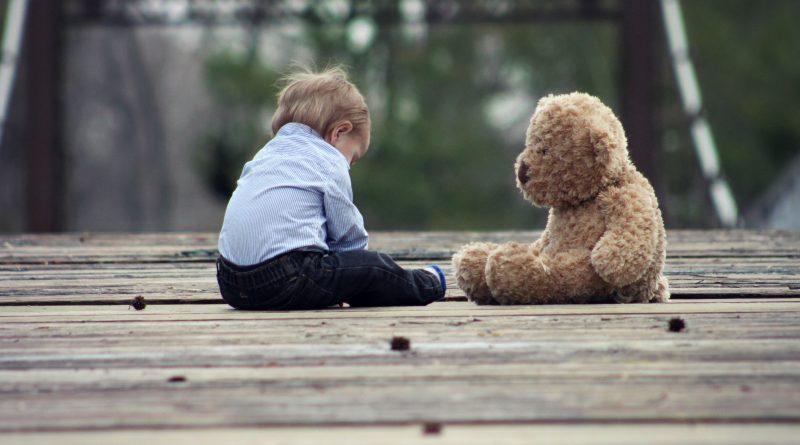 Abandono afetivo gera dever de indenização pelo pai ausente, decide juiz
