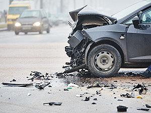 Proprietário e condutor de veículo devem responder solidariamente por acidente