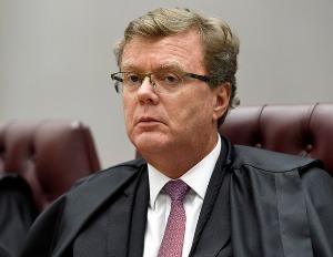 Prisão domiciliar para devedor de pensão tem aplicação imediata, decide STJ