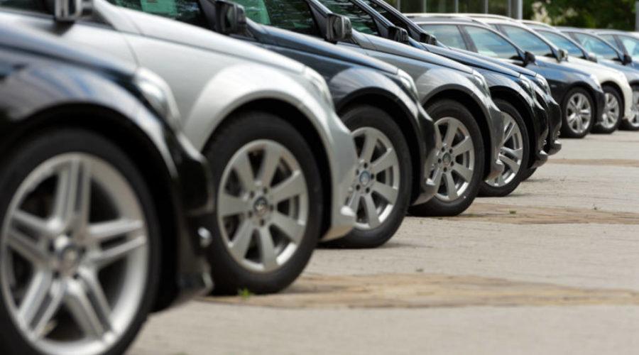 Consumidor deve ser indenizado por demora na entrega de veículo